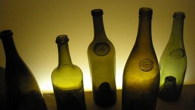 Wino butelki